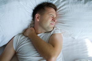 Shoulder pain management at night